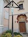 Kříž před kostelem v Obořišti.jpg