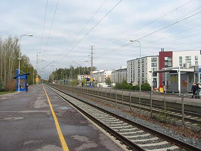Kuinka päästä määränpäähän Kilon Asema käyttäen julkista liikennettä - Lisätietoa paikasta