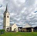 Kirche u Mesnerhaus Stein im Jauntal.jpg