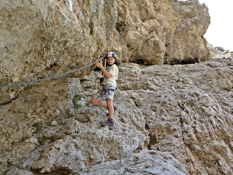 File:Klettersteig Gr Cirspitze.JPG