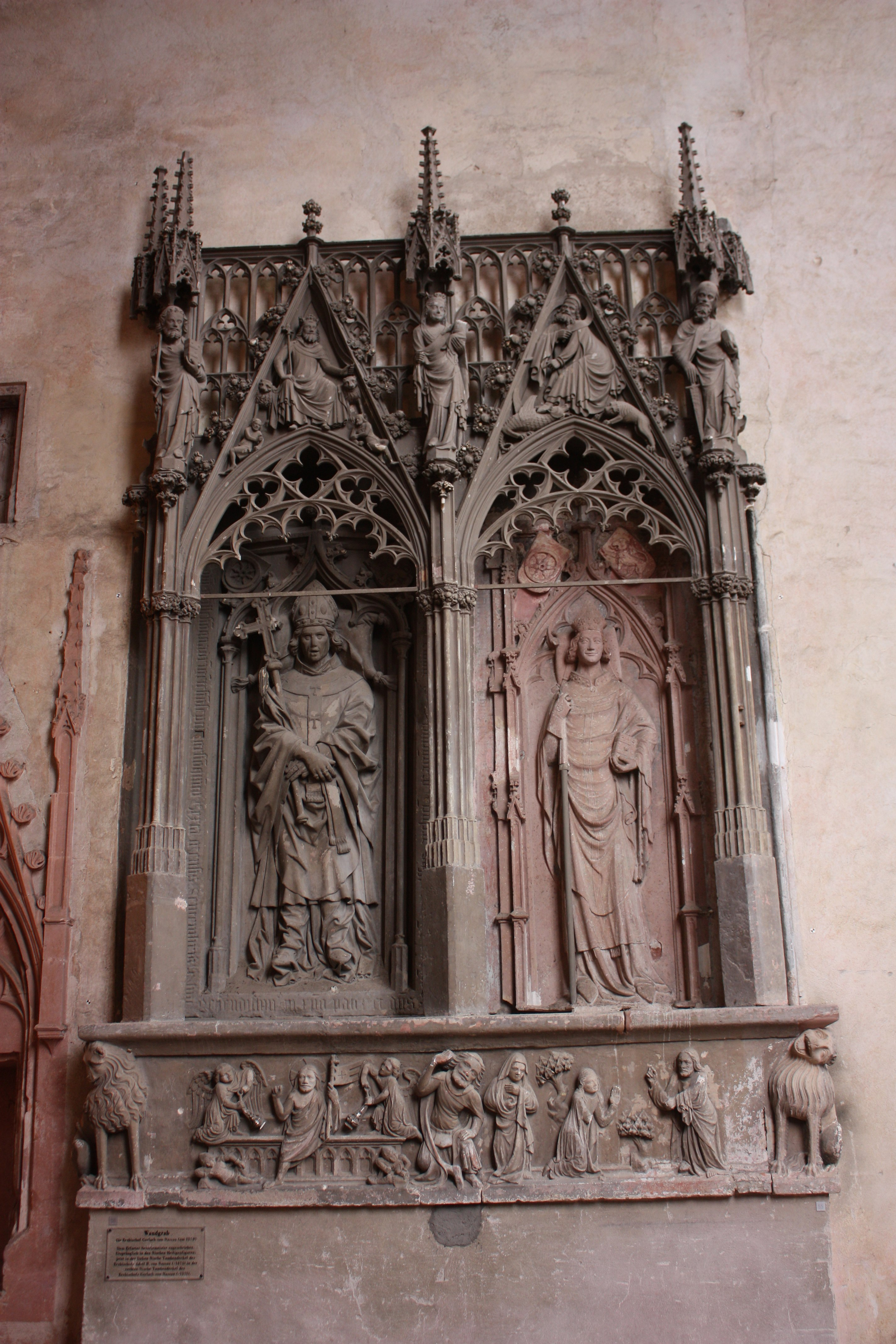 Gerlach Immobilien file kloster eberbach basilika grabplatte 55 gerlach adolf nassau