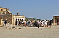 Knossos Tourists R01.jpg