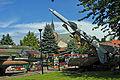 Kołobrzeg, Armeemuseum, im Hintergrund die Marienkirche (2011-07-26) by Klugschnacker in Wikipedia.jpg