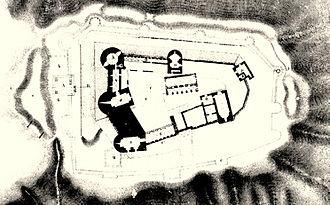 Krak des Chevaliers - Plan of Krak des Chevaliers from Guillaume Rey Étude sur les monuments de l'architecture militaire des croisés en Syrie et dans l'île de Chypre (1871). North is on the right.