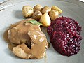 Krubki Gorki schab, buraczki, ziemniaczki (pork loin, beetroot, potatoes).jpg