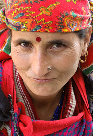 Bindi (decoration) - Hindu woman wearing a bindi