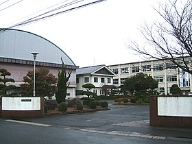 Kurayoshikita high school.jpg