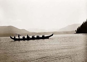 Indigenous peoples of the Pacific Northwest Coast - A Kwakwaka'wakw canoe in 1910.