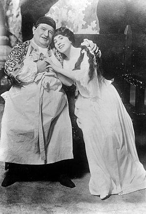 L'amore medico - A scene with Antonio Pini-Corsi and Lucrezia Bori, 1914