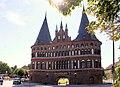 Lübeck, das Holstentor-1.JPG