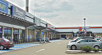 Retail park - Image: Lady Bay Retail Park geograph.org.uk 822377 (cropped and brightened version)