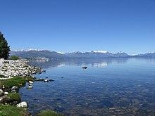 http://upload.wikimedia.org/wikipedia/commons/thumb/4/42/Lago_Nahuel_Huapi.jpg/220px-Lago_Nahuel_Huapi.jpg