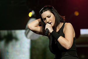 Il mio canto libero (song) - Laura Pausini recorded the song as a duet with Colombian singer Juanes in 2006. She also performed it in 2009, as part of the ensemble Amiche per l'Abruzzo.