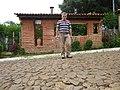 Lavras Novas, Ouro Preto MG Brasil - Casa de taipa, Ouro Preto - panoramio.jpg