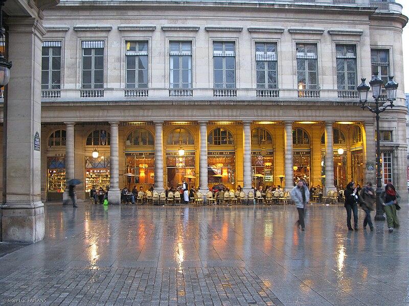 Paris Le Caf Ef Bf Bd Avec Des Cahst