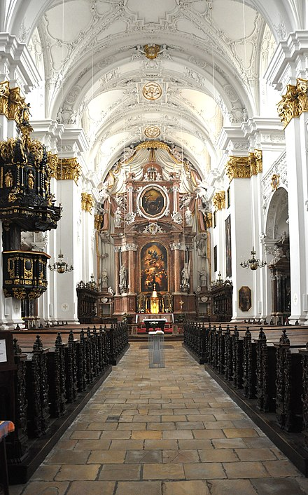Interior, Old Cathedral, Linz Linz Alter Dom innen.jpg