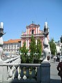 Ljubljana triple bridge and church (35435395334).jpg