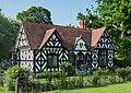 Llwyn-y-cil Lodge, Chirk.jpg