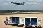 Lockheed C-5 Galaxy (w carts) (19051281964).jpg