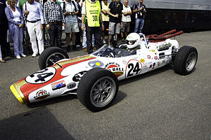 "1966 Indianapolis 500 - Image: Lola Ford T90 ""Red Ball Special"" Flickr andrewbasterfield"