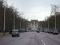 London UK Buckingham Palace-without car 2.jpg