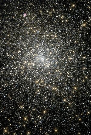 M15 - Hubble 1998.jpg