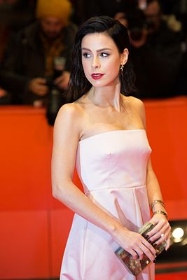 MJK31633 Lena Meyer-Landrut (T2 Trainspotting, Berlinale 2017).jpg