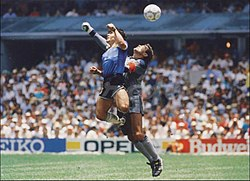 Maradona shilton mano dios.jpg