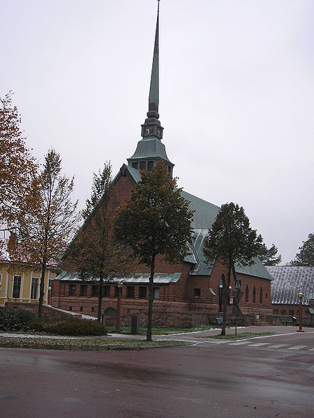 File:Mariehamn Church.jpg