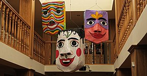 Masken in Cuenca 01.jpg