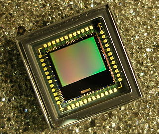 Active pixel sensor an image sensor consisting of an integrated circuit