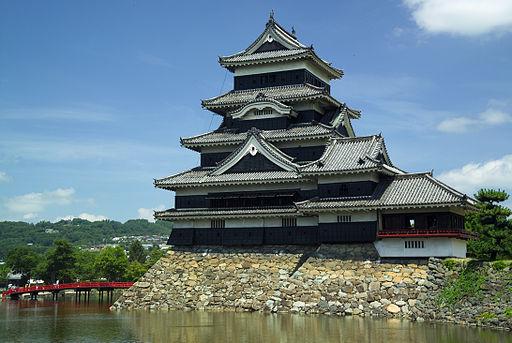 Matsumoto-Castle-M7774