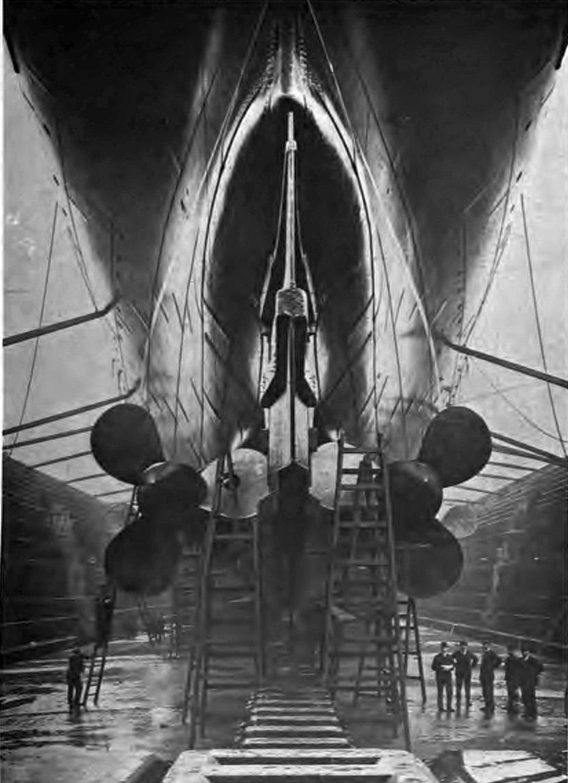 Mauretania propellors drydock rear