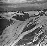 McCarty and Chernof Glaciers, junction of tidewater glaciers, icefall, and hanging glaciers on the surrounding mountains (GLACIERS 6625).jpg