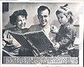 Mel Patton with family 1949.jpg