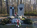 Memorial to victims of German Arbeitslager in Miłoszyce.jpg