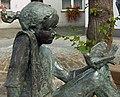 Merl – Dorfbrunnen Detail.jpg