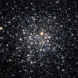 Messier 107 Hubble WikiSky.jpg