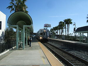Metrolink arriving in Anaheim.jpg