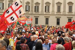 Italiano: Sciopero generale contro la manovra ...