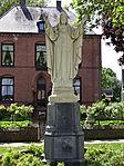 Millingen aan de Rijn - Heilig Hartbeeld (1922) van Jan Custers - 01.jpg