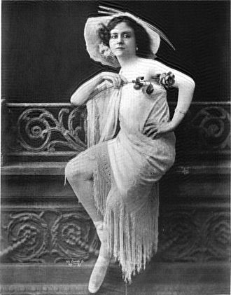 Ziegfeld Follies - Mlle. Dazie 1908