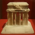 Modellino del monumento alla vittoria di trento, 1928 ca., alabastro (bz, coll. sorice).jpg