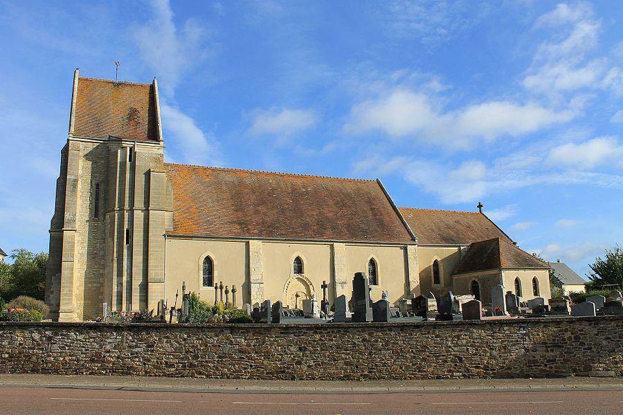 église Saint-Denis à Mondrainville (Calvados)
