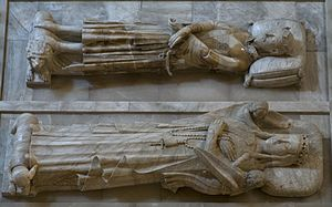 John I of Aragon - Tomb effigies of John and his queen, Violant (Yolanda), in the monastery of Poblet