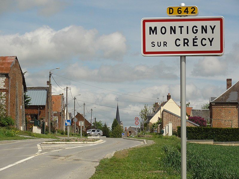 Montigny-sur-Crécy (Aisne) city limit sign