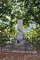 Montmorin - Monument aux morts.jpg