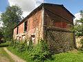 Mortain - Bâtiment abandonné près de l'abbaye.JPG
