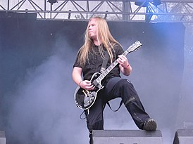 Morten-Veland-performing-with-Sirenia-at-Norway-Rock-Festival-2009.jpg