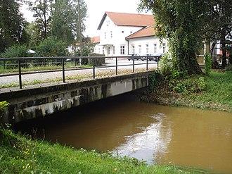 Trnava (Međimurje) - Image: Most na Trnavi, Čakovec kolodvor